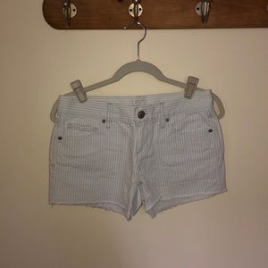 Seersucker denim short